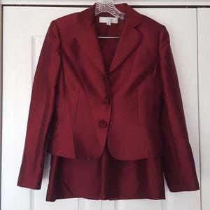 Tahari burgundy silk skirt suit, size 8, EUC